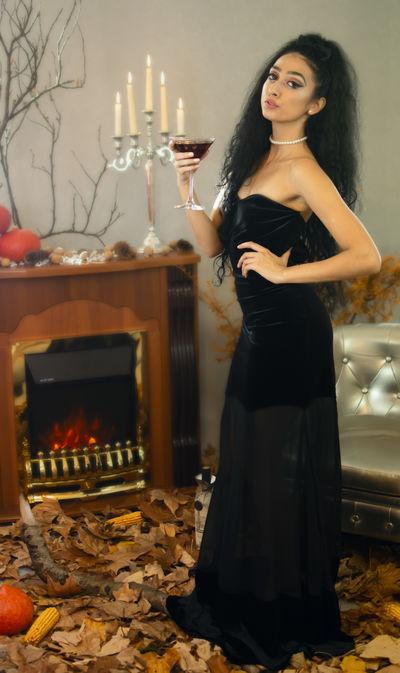 Carmen Bowling - Escort Girl from Moreno Valley California