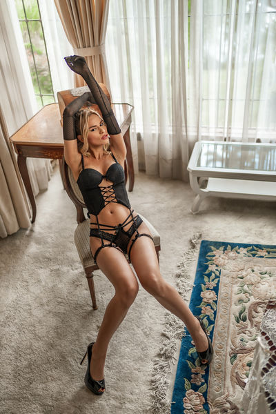Laura Choi - Escort Girl from Nashville Tennessee