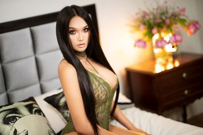 Escort in Corona California
