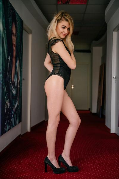 Huong Tice - Escort Girl from Newark New Jersey