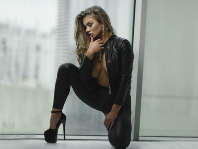 Shannon Sanders - Escort Girl from Newport News Virginia