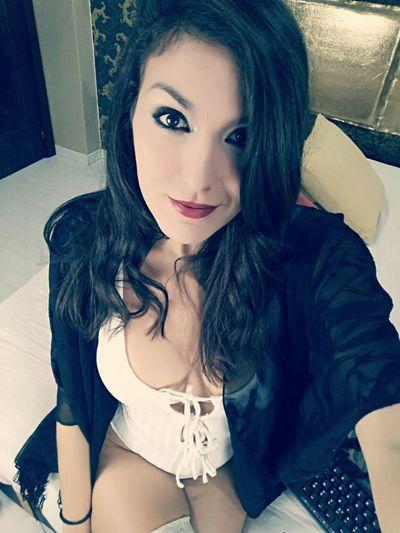 Ivon Renee - Escort Girl from Clarksville Tennessee