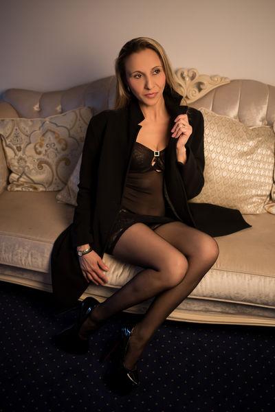 Vera Watson - Escort Girl from San Diego California