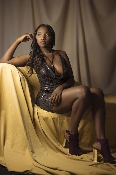 Kenya Blumer - Escort Girl from New York City New York