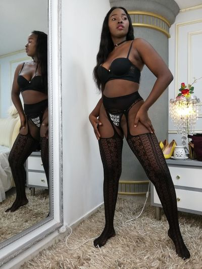 Joan Lee - Escort Girl from Newark New Jersey