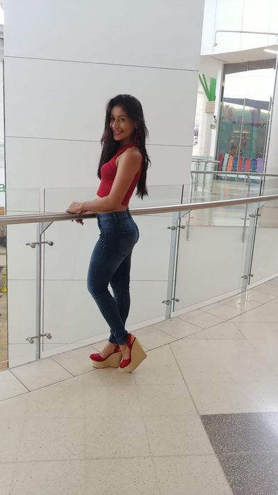 Sabrina Pond - Escort Girl from Murrieta California