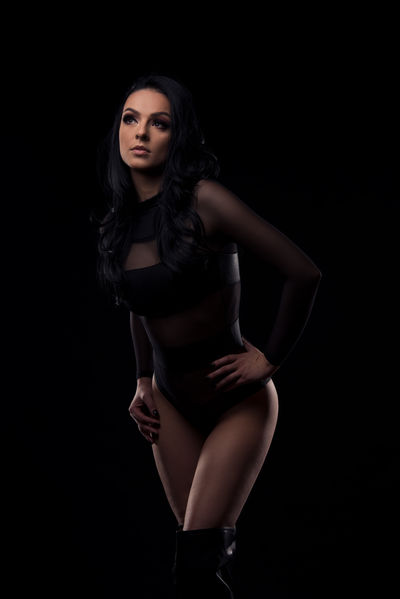 Letizia Parker - Escort Girl from Naperville Illinois