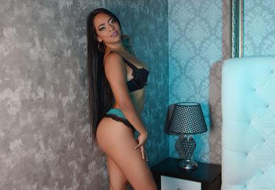 Luana Zafiro - Escort Girl from Murrieta California