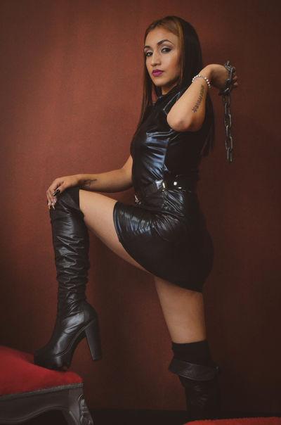 Mia Howard - Escort Girl from Newport News Virginia
