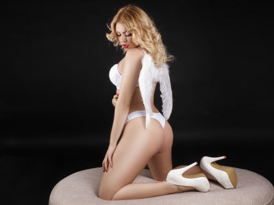 Mira Lovex - Escort Girl from Moreno Valley California