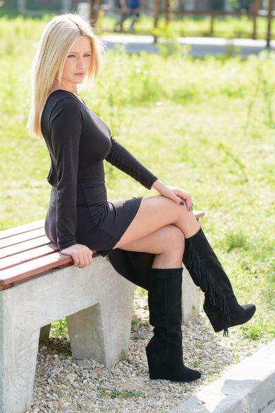 Cynthia Sams - Escort Girl from Providence Rhode Island