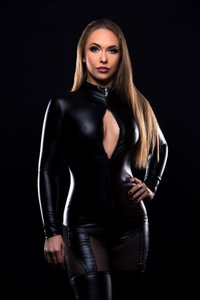 Lisa Giese - Escort Girl from Milwaukee Wisconsin