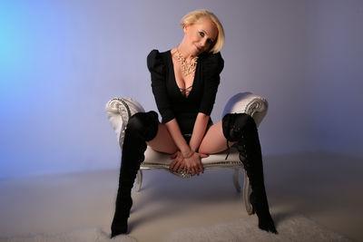 Ruby Nielsen - Escort Girl from Nashville Tennessee