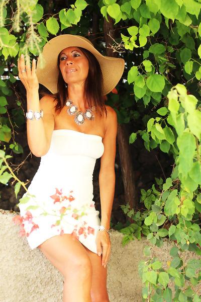 Josephine Belair - Escort Girl from Murrieta California