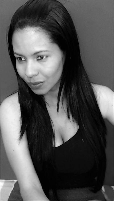 Pamela Brainerd - Escort Girl from New Haven Connecticut