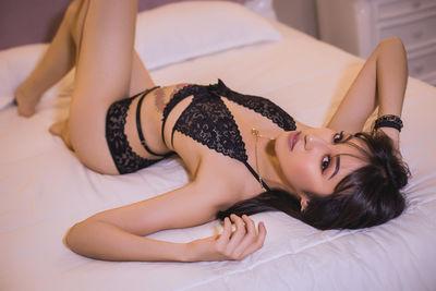 Amelie Jons - Escort Girl from Salinas California