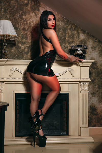 Amely Chris - Escort Girl from Murfreesboro Tennessee