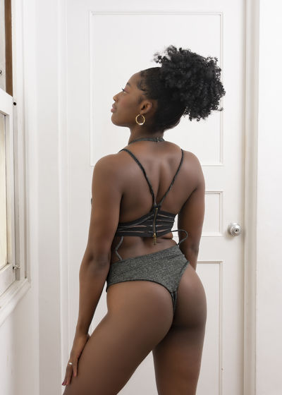 Angelly Moos - Escort Girl from New Haven Connecticut