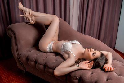 Elsa Myler - Escort Girl from Riverside California