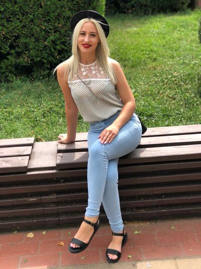 Evelyn Marcos - Escort Girl from Murfreesboro Tennessee