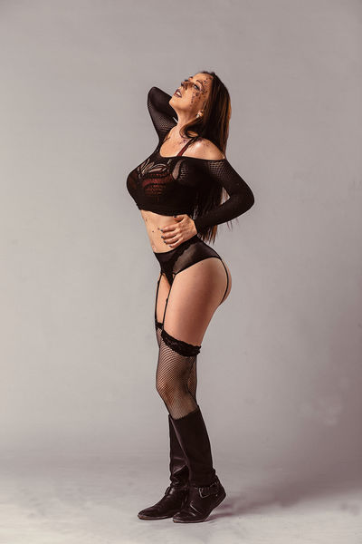 Genie Rose - Escort Girl from Naperville Illinois