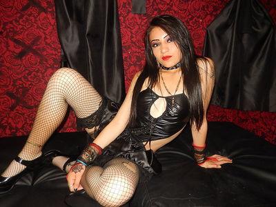 Girl Naugthyx - Escort Girl from Riverside California