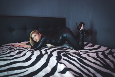 High Beauty Switch - Escort Girl from Naperville Illinois