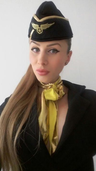 Irme - Escort Girl from Murrieta California