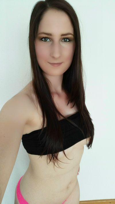 Jasminbluete - Escort Girl from Newport News Virginia