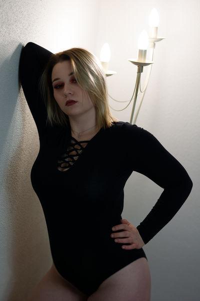 Kayla Brave - Escort Girl from Salem Oregon
