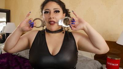 Quinn4ux - Escort Girl from Newark New Jersey