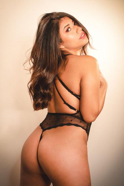 Maria Gabriella - Escort Girl from Palmdale California