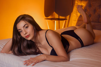 Mariam Thompson - Escort Girl from Pearland Texas