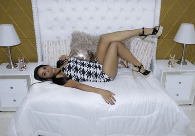 Melisa Andrades - Escort Girl from Naperville Illinois