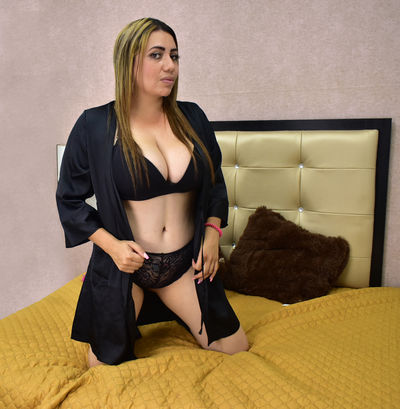 Nathaly Garcia - Escort Girl from Nashville Tennessee