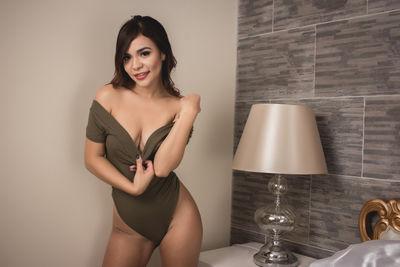 Nina Lee - Escort Girl from Pearland Texas