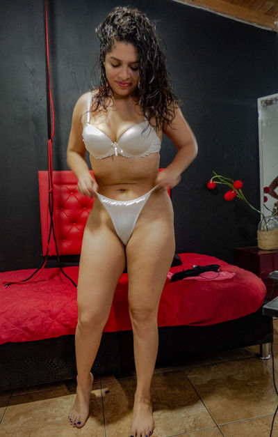 Blonde Escort in Paterson New Jersey