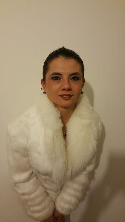 Rosenmarie - Escort Girl from Naperville Illinois