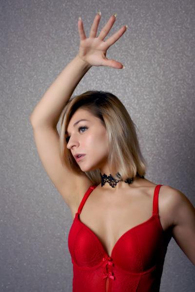 Sophie Toffee - Escort Girl from Murrieta California