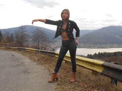 Kelly Simmons - Escort Girl from Naperville Illinois